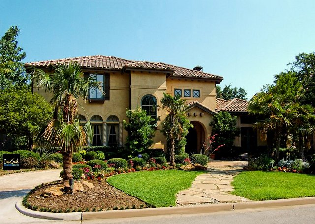 Mediterranean home builder dallas fort worth austin for Spanish style homes for sale in dallas tx